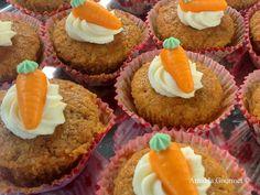 Arnalda Gourmet: Carrot cupcakes con frosting al Philadelphia senza...