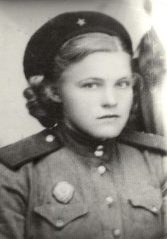 Ozhogina Zoya, 1923-1999. she went into the army in 1942, directed the artillery scout, member of Stalingrad and Kursk battles, she participated in the liberation of Poland and Czechoslovakia, met the victory in Vienna.