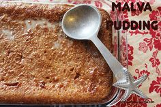 Malva Pudding is a true South African pudding dish, with a sweet sponge and a decadent caramelized sticky sauce; it's normally served with h. Foods To Eat, Us Foods, Malva Pudding, Braai Recipes, Tandoori Masala, Good Food, Yummy Food, Tasty, South African Recipes