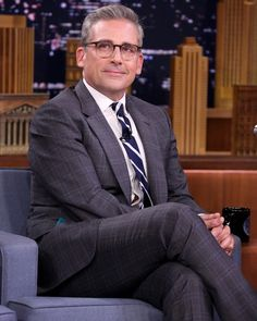 """Steve Carell is looking like a silver fox these days—and the entire country has noticed."" —That's what E! said. (: @gettyentertainment)"