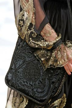Baroque Fashion Detail Salvatore Ferragamo <3