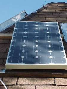 Total cost of Ward's cabin solar power system : Less than 700 Bucks