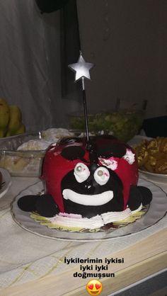 Story Instagram, Birthday Balloons, Happy Birthday, Cake, Desserts, Film, Happy Brithday, Tailgate Desserts, Movie