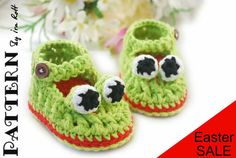 Crazy Frogs Baby Booties with Double Sole   for by FashionPatterns,