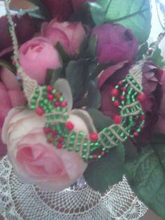 neck lace  macrame cristmans