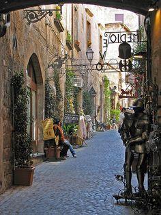 Craftsmen Alley Orvieto,Italy #travel