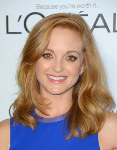 Jayma Mays wears her strawberry blonde locks well, keeping her makeup natural with neutral shades of brown and pink.   Read more: http://beautyhigh.com/red-hair/#ixzz3PJosPTqV