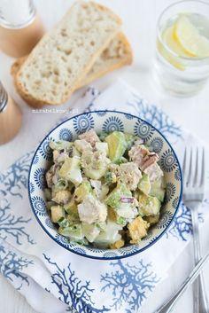 Mirabelkowy blog: Sałatka z awokado i tuńczyka