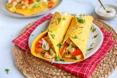 Kipsalon wrap - In 30 minuten op tafel - Lekker en Simpel A Food, Deserts, Tacos, Appetizers, Mexican, Lunch, Ethnic Recipes, Easy, Wraps