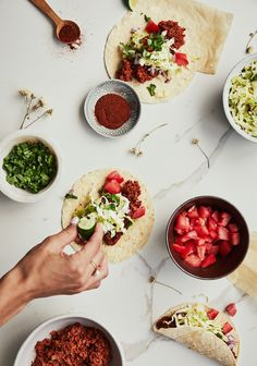 Mexican Textured Vegetable Protein Tacos (PVT) – Three times a day – Mexican Recipe Mexican Food Recipes, Vegetarian Recipes, Healthy Recipes, Ethnic Recipes, Fruits And Veggies, Vegetables, Vegetable Protein, Seitan, Tempeh