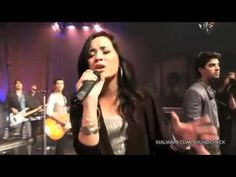 Joe Jonas & Demi Lovato - Peforming 'Wouldn't Change A Thing' on Walmart Soundcheck   http://www.youtube.com/watch?v=n1_oid8MSA4#