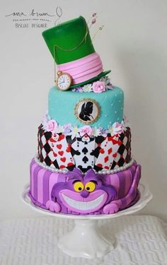 37 Trendy cake disney wedding alice in wonderland Alice In Wonderland Tea Party Birthday, Alice In Wonderland Cakes, Wonderland Party, Cheshire Cat Cake, Bolo Fack, Mad Hatter Cake, Fruit Creations, Cupcake In A Cup, Birthday Candy