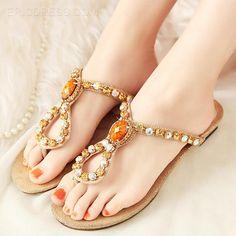 Fantastic Clip-toe Flat Sandals with Rhinestone Flats Sandals