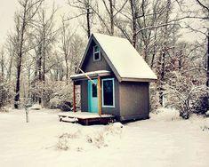 .sweet little cabin.