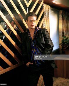Mark Wahlberg 1997 Wahlberg Brothers, Actor Mark Wahlberg, Brothers Movie, Celebrity Moms, Celebrity Style, Z Cam, Jack Nicholson, Matthew Mcconaughey, Channing Tatum
