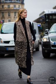 Paris Fashion Week FW 2016 Street Style: Natalia Vodianova