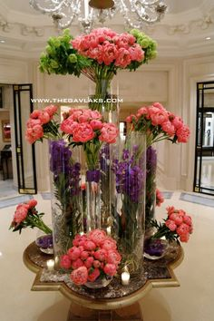 George V Paris Hotel flower presentation = STUNNING!! #MyEscapeCompetition