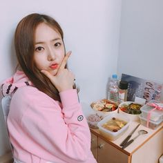 담아간 이미지 Sinb Gfriend, Gfriend Sowon, South Korean Girls, Korean Girl Groups, Bae, G Friend, Queen B, Aesthetic Photo, K Idols