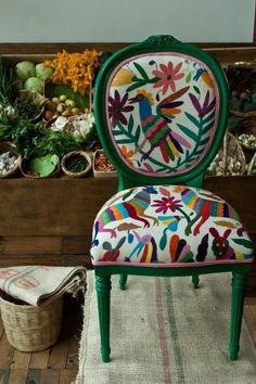 Crochet inspiration otomi - mexican embroidery green chair, wow that is one bright chair, home decor, no pattern off limits Funky Furniture, Painted Furniture, Furniture Design, Patterned Furniture, Furniture Chairs, Vintage Furniture, Dining Chairs, Handmade Home Decor, Diy Home Decor