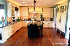 """21 Rosemary Lane: Model House Tour Part One """"Poet's Walk"""" ~ The Kitchen and Great Room"""