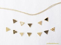 DIY Beaded Triangle Flags Long Necklace - new season bijouterie Diamond Bar Necklace, Emerald Necklace, Arrow Necklace, Bead Jewellery, Beaded Jewelry, Jewelery, Wire Jewelry, Burlap Fabric, Fabric Flowers