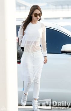 Best Running Man's Song Ji Hyo Fashion Outfit In Photoshoot Running Man Song, Ji Hyo Running Man, Girl Fashion, Fashion Outfits, Fashion Design, Fasion, Fashion Ideas, Preety Girls, Airport Style
