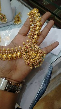 How To Clean Gold Jewelry With Vinegar Gold Earrings Designs, Gold Jewellery Design, Necklace Designs, Fancy Jewellery, Silver Earrings, Gold Jewelry Simple, Bridal Jewelry, Fashion Jewelry, Women's Fashion