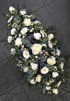 #Flowers #florist #Bouquets Flower Arrangement, Floral Arrangements, Dad Funeral Flowers, Funeral Sprays, Flowers For Mom, Sympathy Flowers, Floral Wreath, Bouquet, Bloom