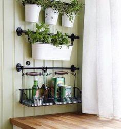 Kitchen Herbs, Herb Garden In Kitchen, Diy Kitchen, Herbs Garden, Kitchen Ideas, Kitchen Small, Small Kitchens, Kitchen Sink, Small Bathrooms