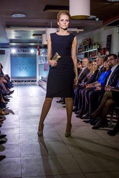 :) e-fashion