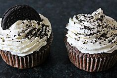 Oreo Cupcakes tried it yourself and found it irresistible! The post Oreo Cupcakes by BakingTheLaw Brownie Oreo Cookie, Oreo Brownies, Oreo Cake, Oreo Cheesecake, Brownie Cupcakes, Christmas Cheesecake, Baking Cupcakes, Cupcake Recipes, Baking Recipes