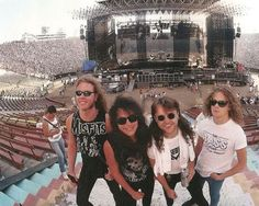 Metallica Pics and Some Randomness Bruce Dickinson, Power Metal, Death Metal, Jason Newsted Metallica, Metallica Band, Legend Music, James Hetfield, Music Photo, Vintage Rock
