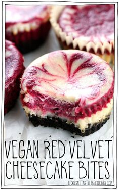 Vegan Red Velvet Cheesecake Bites Swirls of lemon and red velvet cheesecake with a chocolate crumb crust Easy to make and no weird ingredients Perfect for Valentines day. Bolo Vegan, Vegan Cake, Vegan Cupcakes, Healthy Cupcakes, Food Cakes, Vegan Treats, Vegan Foods, Vegan Snacks, Desserts Sains