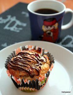 Kattipaakari: Punaherukkamuffinit Cakes, Baking, Breakfast, Food, Morning Coffee, Cake Makers, Kuchen, Bakken, Essen