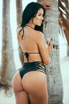 A Lady's Booty Loves The Sun-(Photo Gallery)-Please check the website for more pics