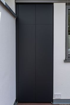 Terrassenschrank nach Maß - wetterfest - UV-beständig, Farbe: Anthrazit by design@garten, Augsburg - Germany