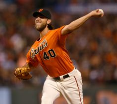 San Francisco Giants' Madison Bumgarner pitches against the Philadelphia Phillies in the fourth inning at AT&T Park in San Francisco, Calif., on Friday, August 15, 2014. (Jim Gensheimer/Bay Area News Group)