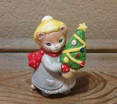 Vintage Kitty Cucumber Christmas Figurine Schmid 1985 ~ Ginger w/ Christmas Tree