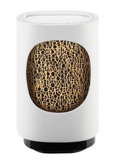 """Enjoy a complimentary Baies Capsule with the purchase of each UN AIR DE DIPTYQUE electric diffuser. Complimentary capsule will be automatically added to your cart with the electric diffuser. """"Un Air de diptyque"""" joins the coll Best Home Fragrance, Best Fragrances, Yin Yang, Box Deco, Diptyque Candles, Electric House, Electric Fan, Candle Diffuser, Thing 1"""