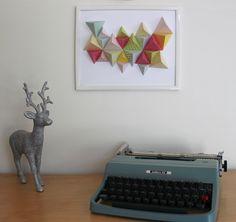 On se retrouve en ce lundi matin pour un DIY papier ! Pour l'occasion, Marlène nous propose de confectionner une décoration murale éphémère. Inspirée par le très sympathique blog de Sunrise O…