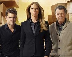 Fringe is getting a 5th season.  This is the most important news you will hear all day.