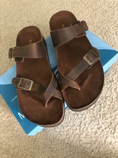 mountain sole leather size New in box never worn perfection condition ! Will ship without box due to costs Birkenstock Sandals, Birkenstock Milano, Men Sandals, Leather Sandals, Pretty Sandals, Leather Men, Mountain, Wedges, King