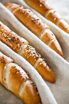 Easy German Recipes, Austrian Recipes, Austrian Food, Super Healthy Recipes, Healthy Dinner Recipes, Sandwich Vegan, Kenwood Cooking, German Baking, Best Bread Recipe