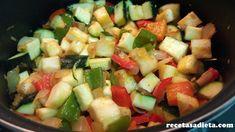 PISTO DE VERDURAS - Recetas a dieta Fruit Salad, Food, Entrees, Healthy Recipes, Deserts, Fruit Salads, Eten, Meals, Diet