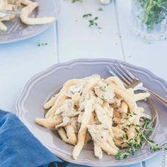 Creamy mushroom alfredo {vegan + dairy free} - Delicious Everyday