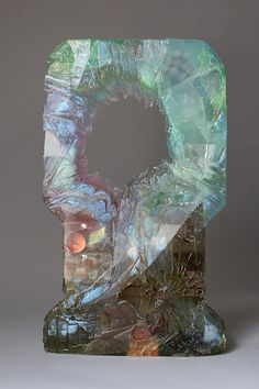 The sculpture of Amy Brener - resin and found objects become incredible crystalline monuments. To Infinity And Beyond, Stained Glass Art, Resin Art, Sculpture Art, Abstract Sculpture, Bunt, Art For Kids, Contemporary Art, Artsy