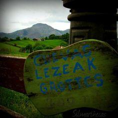 Recorriendo el valle del Baztán: cuevas de Zurragamurdi y paseo en Urdax