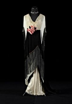 Worth evening dress ca. 1913 From the collection of Alexandre Vassiliev