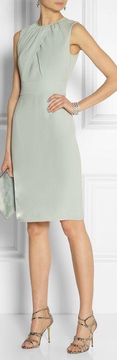vestido cinza: