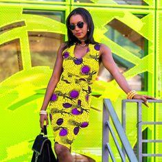 Robe droite en coton jaune par Laure-art pour Afrikrea. https://www.afrikrea.com/article/la-robe-babobala-robes-tuniques-multicolore-pour-elle-wax/EHL2NHD?utm_content=buffer2f18d&utm_medium=social&utm_source=pinterest.com&utm_campaign=buffer